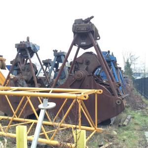 Binnenhafen Harburg: Schaufeln für Baggerschiffe